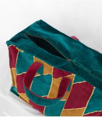 Dhatri - Vert, jaune et rouge