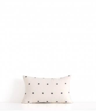 Hand woven offwhite cushion cover
