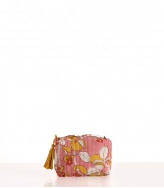 Make-up case dusty pink