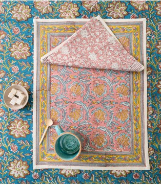 Pink tablemat