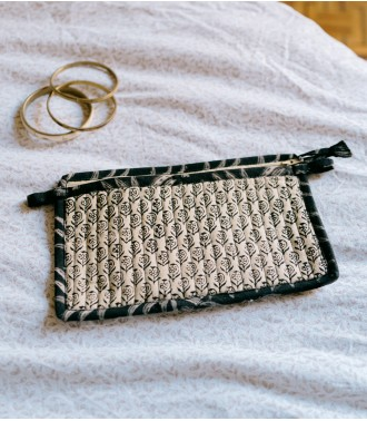 Quilted pouch - Arun