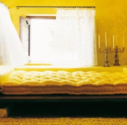 decoration maisons avec des murs jaune