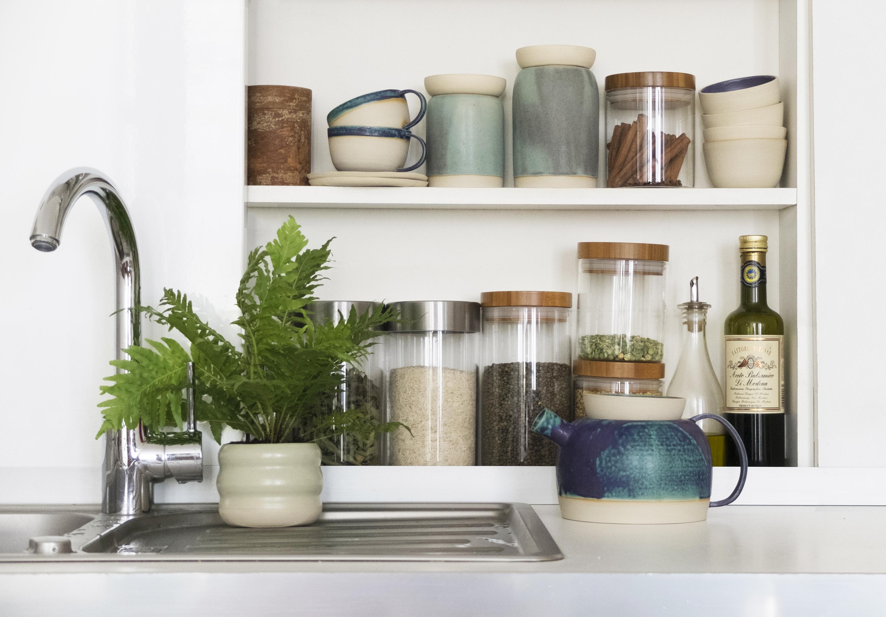 rangements de cuisine et céramique