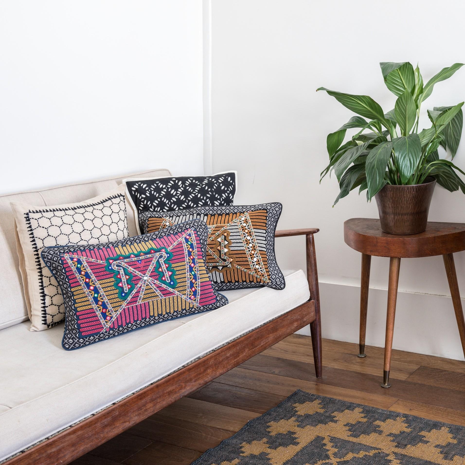 cushion jamini
